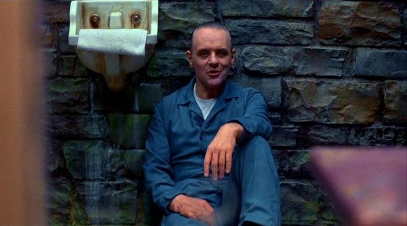 Anthony Hopkins in una scena de IL SILENZIO DEGLI INNOCENTI di J. Demme