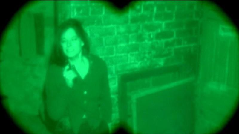 Jodie Foster in una scena drammatica de IL SILENZIO DEGLI INNOCENTI