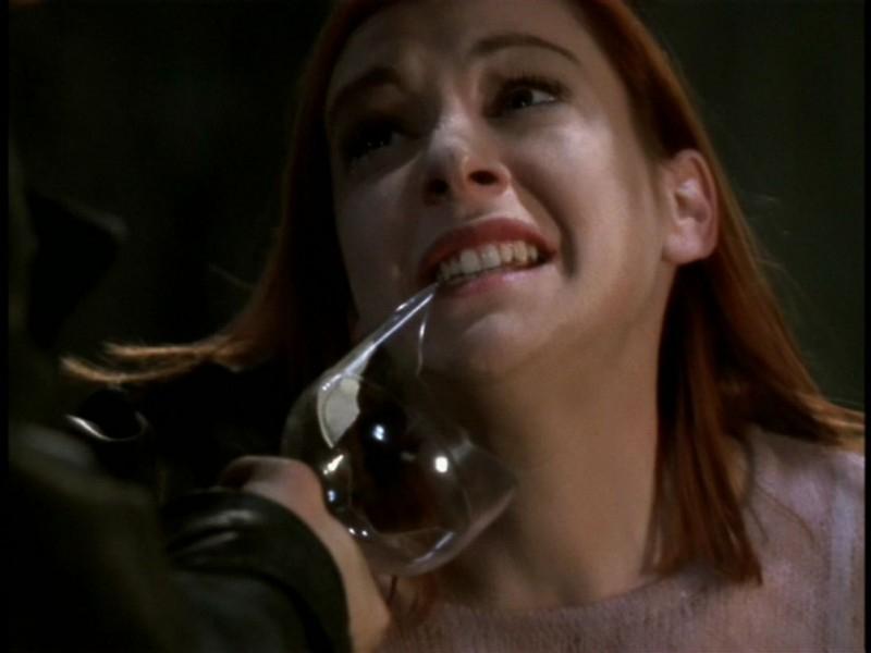 Alyson Hannigan in una scena dell'episodio 'Il sentiero degli amanti' di Buffy - L'ammazzavampiri