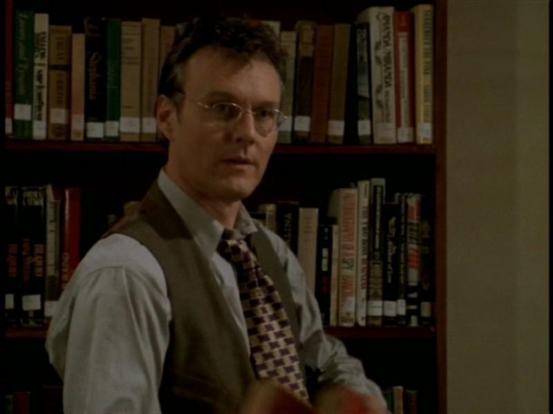 Anthony Head nell'episodio 'Rivelazioni' di Buffy - L'ammazzavampiri