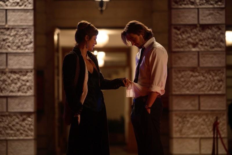 Silvio Muccino e Aitana Sanchez-Gijon in una sequenza del romantico Parlami d'Amore