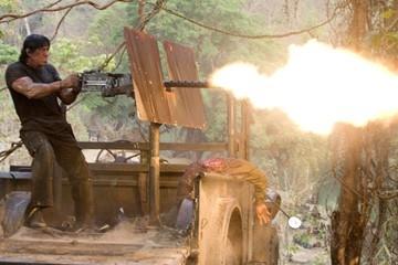 Sylvester Stallone in una sequenza del film 'John Rambo'