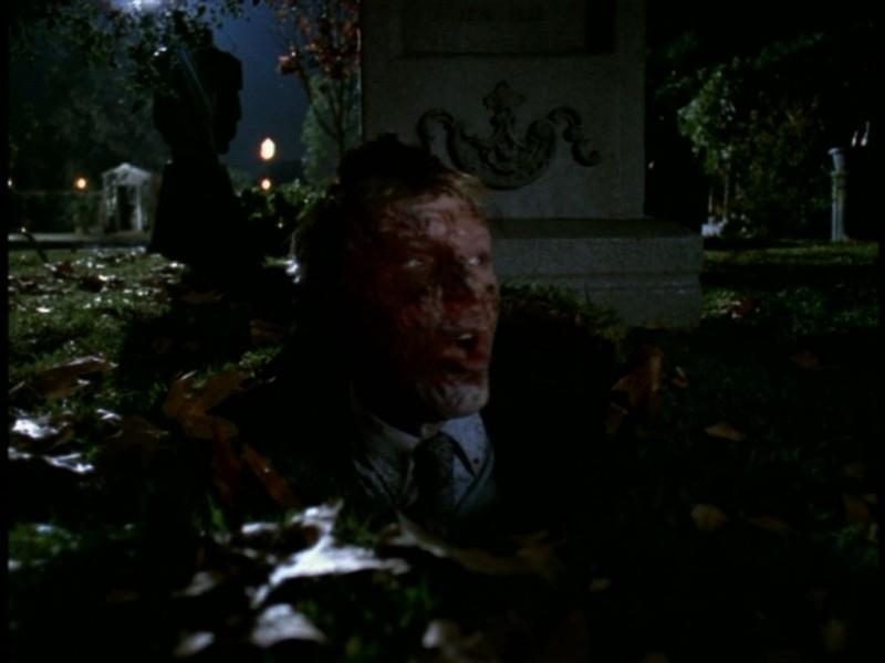 Una scena dell'episodio 'Il giorno dell'Apocalisse' di Buffy - L'ammazzavampiri