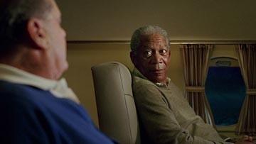 Jack Nicholson (di spalle) con Morgan Freeman in una scena di Non è mai troppo tardi