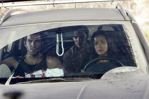 Heroes Volume II - Episodio 6: Sylar (Zachary Quinto) in viaggio con i gemelli Maya (Dania Ramirez) e Alejandro (Shalim Ortiz)