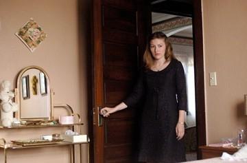 Kelly MacDonald in una scena del film Non è un paese per vecchi