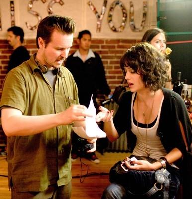 Matt Reeves e Lizzy Caplan sul set di Cloverfield.
