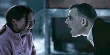 Danny Huston e Camille Keenan in un'immagine del film 30 giorni di buio