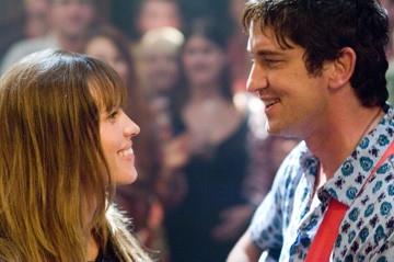 Gerard Butler ed Hilary Swank in una foto del film P.S. I Love You - Non è mai troppo tardi per dirlo