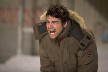 Hartnett in una scena del film 30 giorni di buio