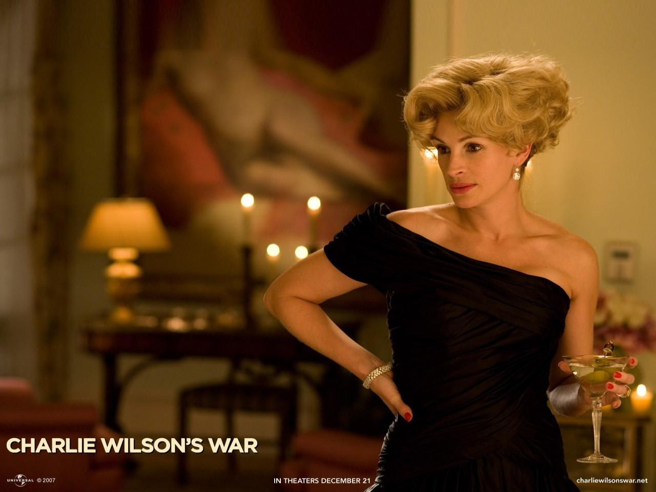 Wallpaper del film La guerra di Charlie Wilson, con Julia Roberts