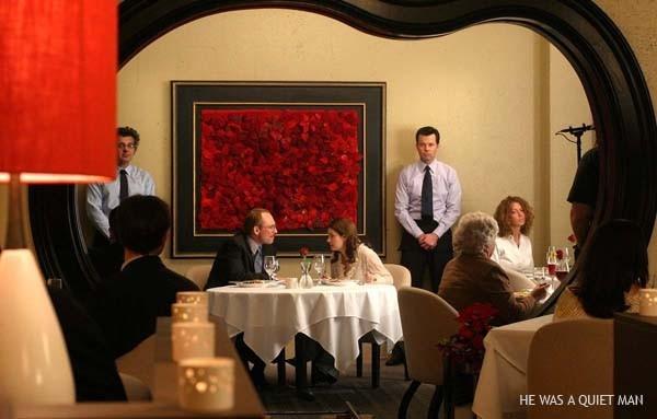 Elisha Cuthbert con Christian Slater in una scena del film Un uomo qualunque