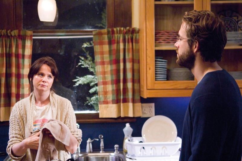 Emily Watson e Ryan Reynolds in 'Fireflies in the Garden'
