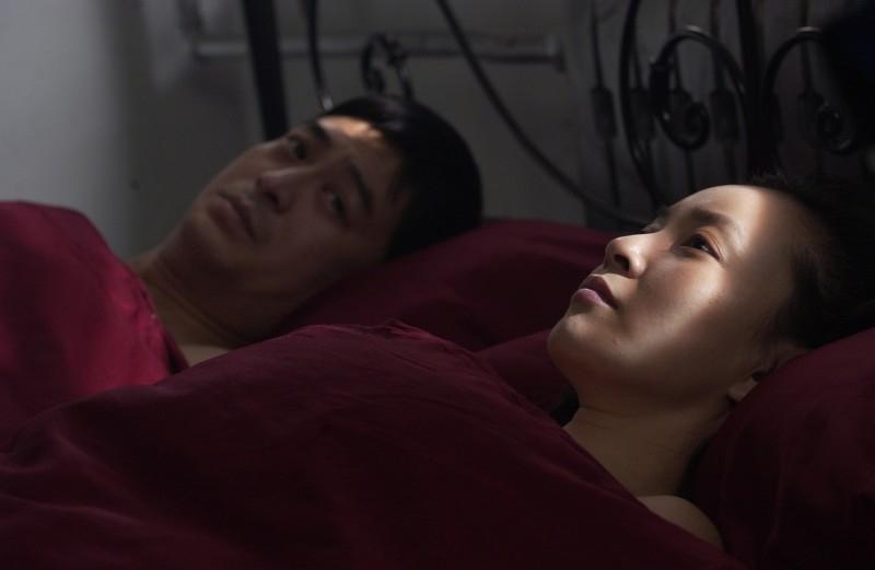 Zhang Jia-yi e Lan Weiwei in una scena di In Love We Trust