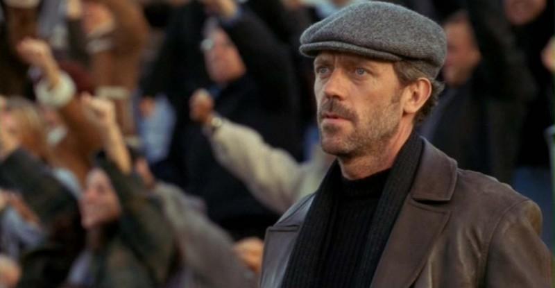 Dr House: Medical division, prima stagione - House (Hugh Laurie) nella scena finale dell'episodio 'Paternity'