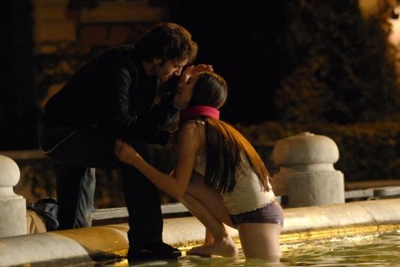 Nicolas Vaporidis e Valentina Izumì sono i protagonisti del film Questa notte è ancora nostra