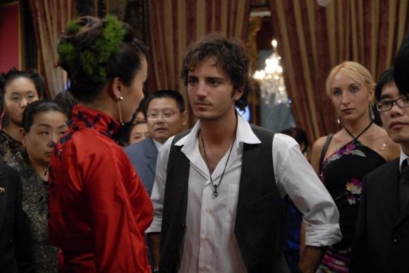 Un'immagine di Nicolas Vaporidis nel film Questa notte è ancora nostra diretto da Genovese e Miniero