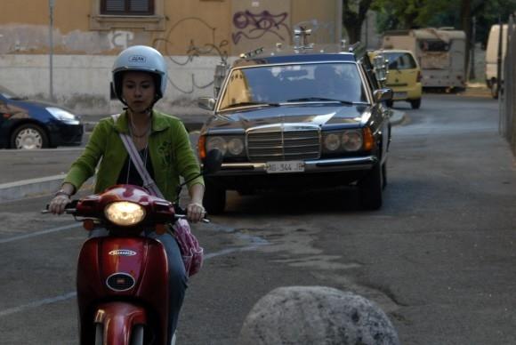 Valentina Izumì in un'immagine del film Questa notte è ancora nostra di Miniero e Genovese (2008)