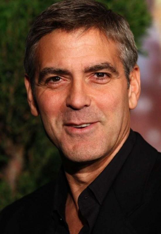 George Clooney, candidato all'Oscar come miglior attore protagonista per Michael Clayton, al Nominees Luncheon 2008