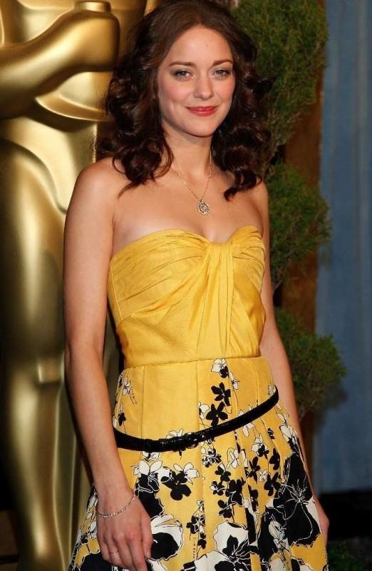 Marion Cotillard, candidata all'Oscar come miglior attrice protagonista per La vie en rose, al Nominees Luncheon 2008