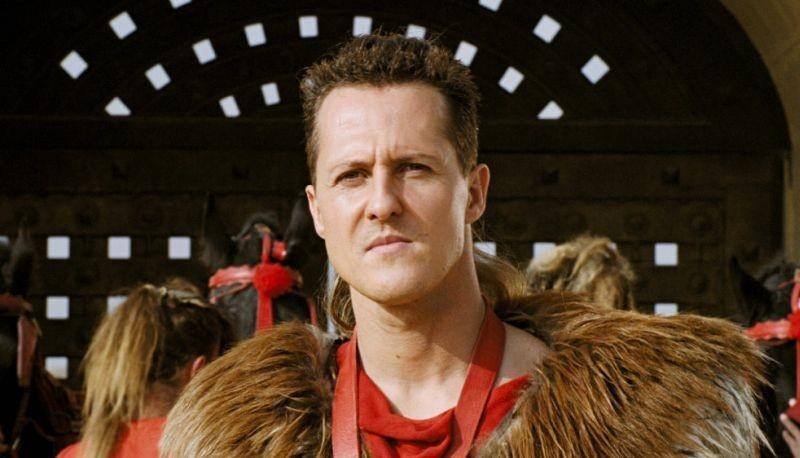 Michael Schumacher è Schumix, uno dei personaggi del film Asterix alle Olimpiadi