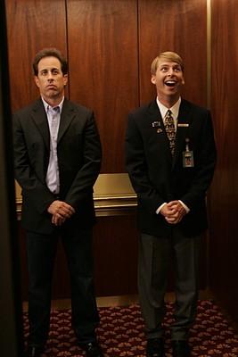Jack McBrayer e Jerry Seinfeld nell'episodio 'Seinfeldvision' della seconda stagione di 30 Rock