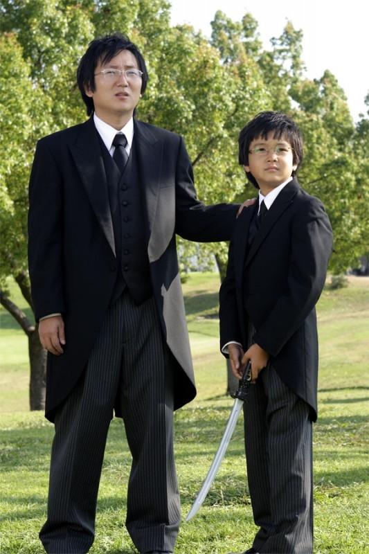 Heroes Volume II - Episodio 9: Hiro (Masi Oka) con un bambino molto familiare