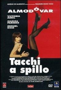 La copertina DVD di Tacchi a spillo