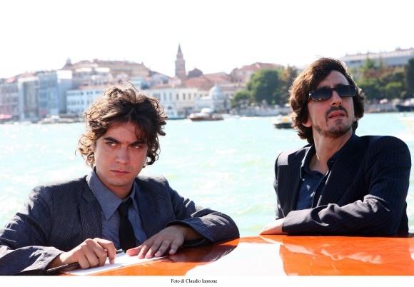 Riccardo Scamarcio con Sergio Rubini in un'immagine del film Colpo d'occhio ('08)
