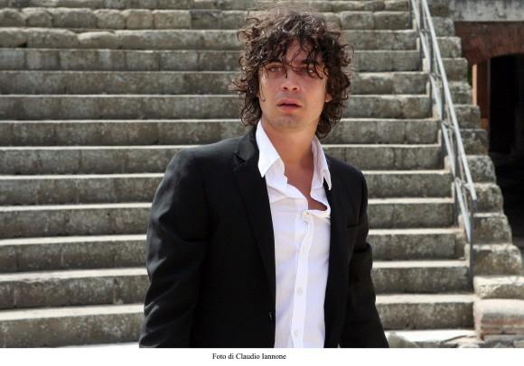 Riccardo Scamarcio in un'immagine del thriller Colpo d'occhio, diretto da Sergio Rubini nel 2008