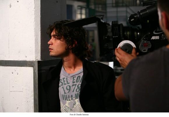 Riccardo Scamarcio in una foto del thriller di Sergio Rubini Colpo d'occhio