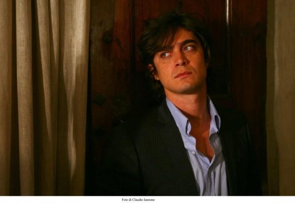 Riccardo Scamarcio in una foto del thriller di Sergio Rubini, Colpo d'occhio del 2008