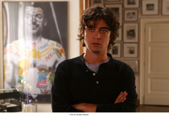 Riccardo Scamarcio in una foto tratta dal thriller di Sergio Rubini, Colpo d'occhio