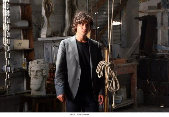 Scamarcio in una foto del film di Sergio Rubini, Colpo d'occhio