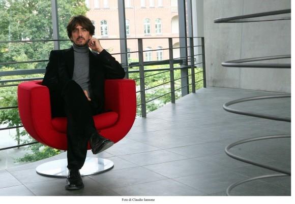 Sergio Rubini in una sequenza del thriller Colpo d'occhio