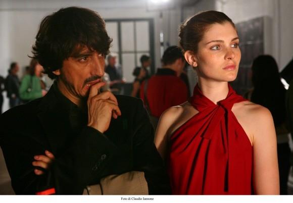 Vittoria Puccini con Sergio Rubini in un'immagine del film Colpo d'occhio diretto dallo stesso Rubini