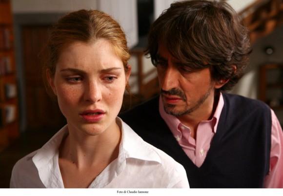 Vittoria Puccini con Sergio Rubini in un'immagine del thriller Colpo d'occhio