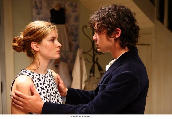 Vittoria Puccini e Riccardo Scamarcio in un'immagine del film Colpo d'occhio.