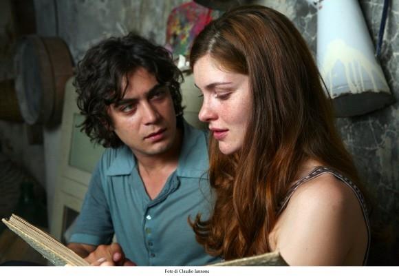 Vittoria Puccini e Riccardo Scamarcio in un'immagine del film Colpo d'occhio