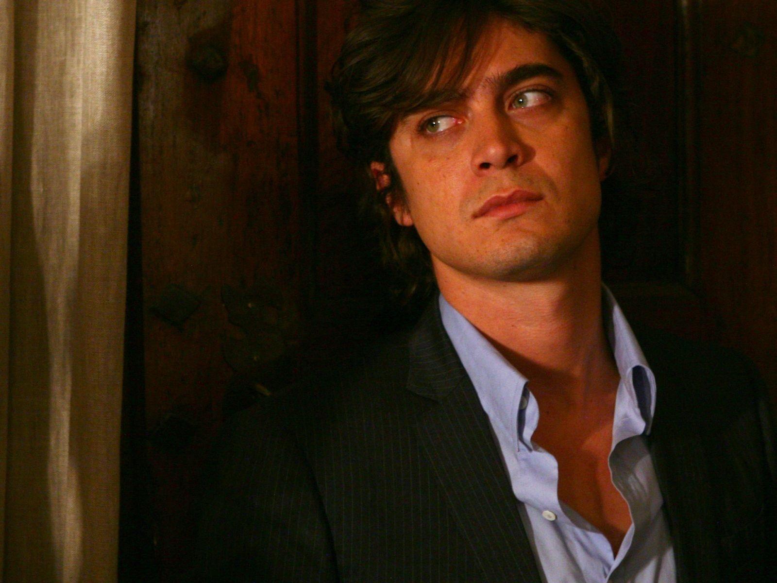 Wallpaper del film Colpo d'occhio interpretato da Riccardo Scamarcio