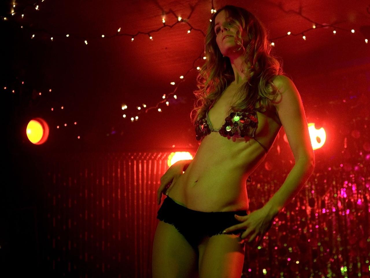 Un wallpaper sexy per Sheri Moon nel film Halloween: The beginning