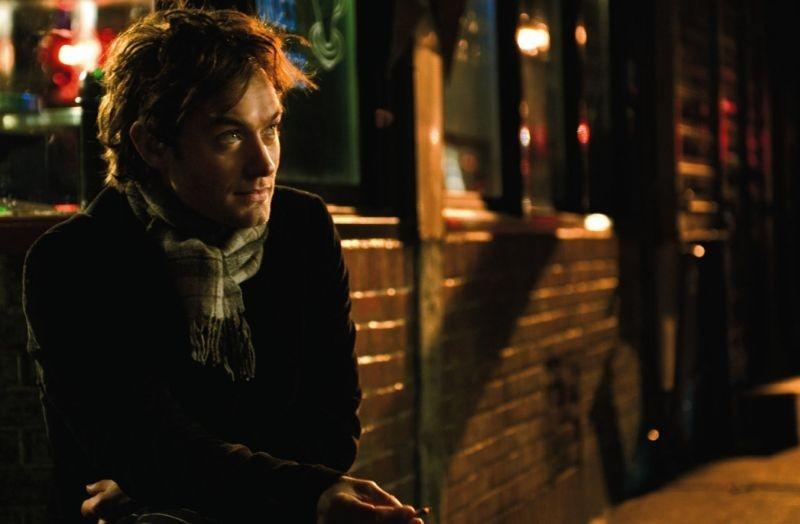 Jude Law in una scena del film My Blueberry Nights