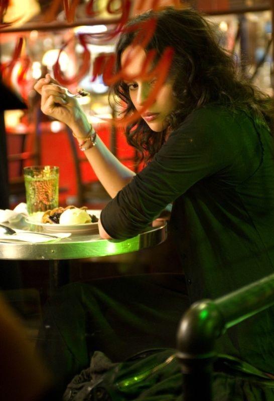 Norah Jones in un'immagine del film Un bacio romantico