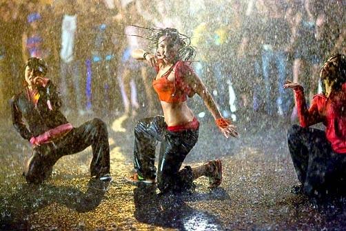 Briana Evigan in una movimentata scena di Step Up 2