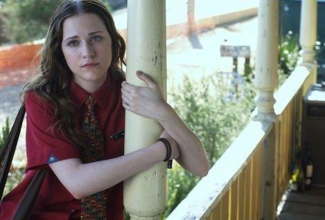 La dolce Evan Rachel Wood in una scena di Alla scoperta di Charlie