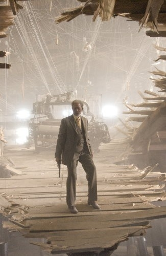Morgan Freeman in una scena di Wanted