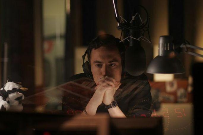 Elio Germano in un'immagine del film Il mattino ha l'oro in bocca