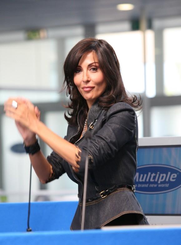 Sabrina Ferilli in una scena del film di Paolo Virzì Tutta la vita davanti (2008)