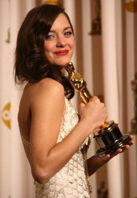 Academy Awards 2008: Marion Cotillard vince l'Oscar come miglior attrice protagonista per La vie en rose