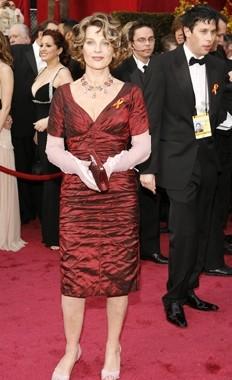 Julie Christie sul tappeto rosso degli 80° Academy Awards.